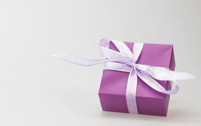 Cómo deducir el IVA en los regalos de empresa